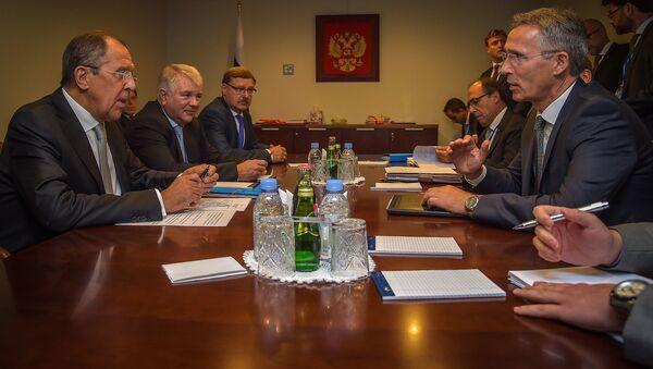 Spotkanie minister spraw zagranicznych Rosji Siergieja Ławrowa i sekretarza generalnego NATO Jensa Stoltenberga w Nowym Jorku - Sputnik Polska