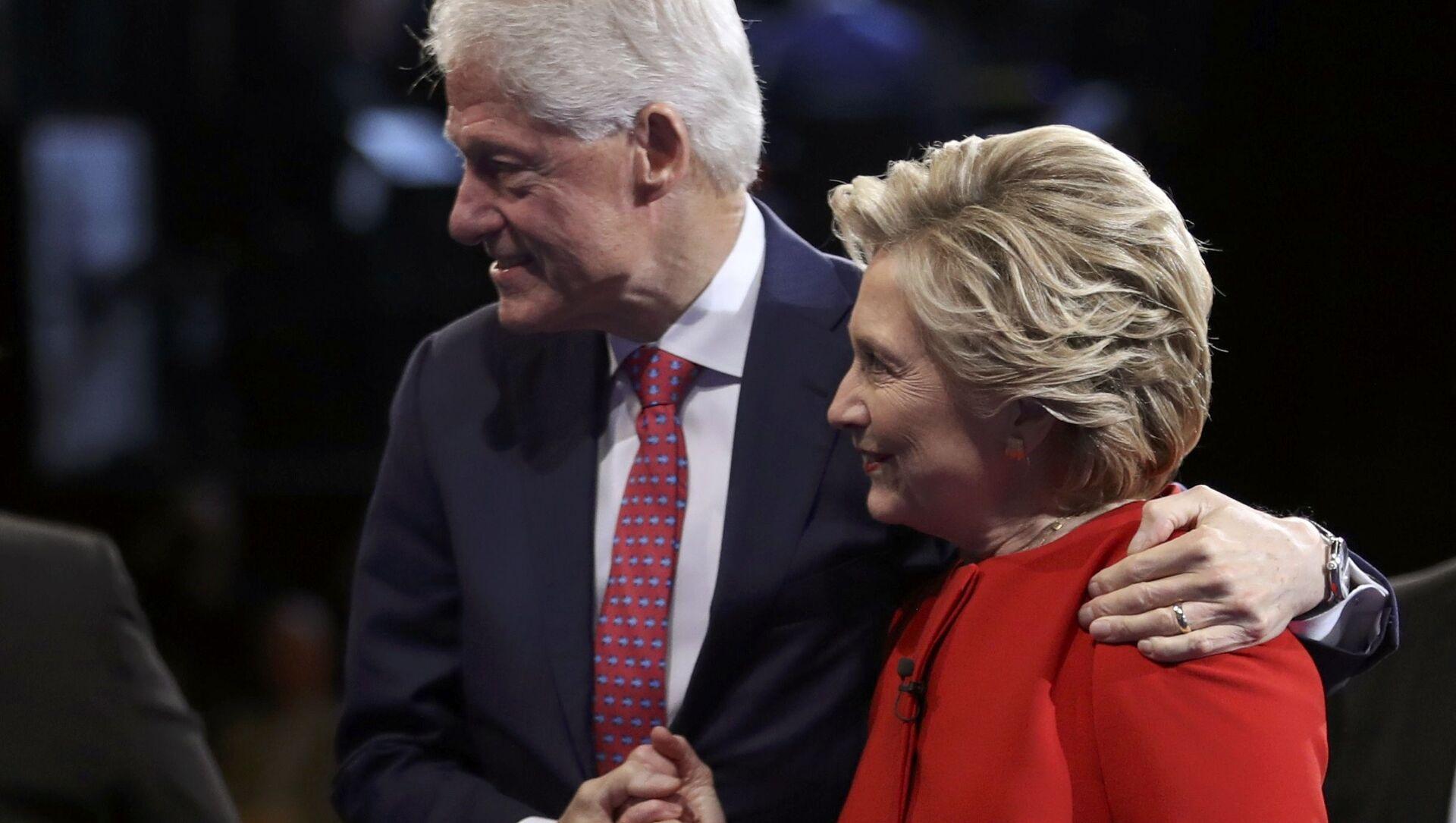 Kandydat na urząd prezydenta Hillary Clinton z mężem - Sputnik Polska, 1920, 22.03.2021