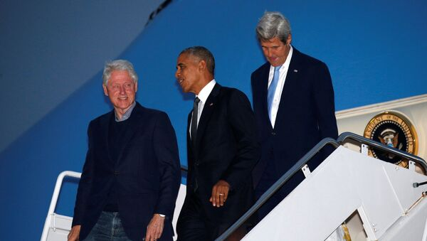 Bill Clinton, Barack Obama i John Kerry - Sputnik Polska
