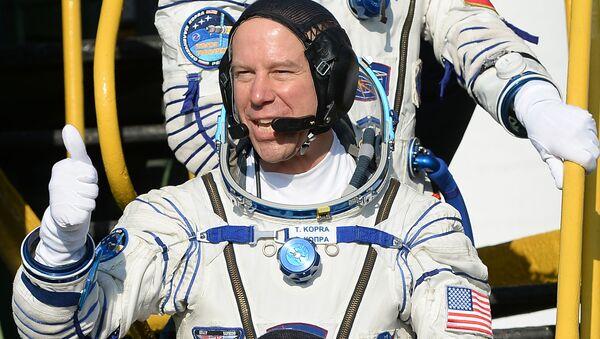 Astronauta NASA Timothy Kopra przed startem rosyjskiego statku kosmicznego Sojusz - Sputnik Polska
