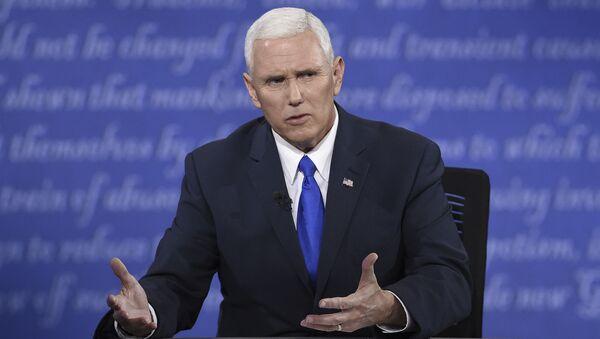 Kandydat na wiceprezydenta USA z Partii Republikańskiej Mike Pence - Sputnik Polska