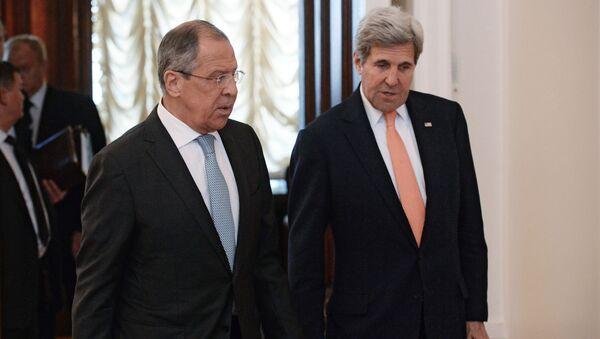 Minister spraw zagranicznych Rosji Siergiej Ławrow i sekretarz stanu USA John Kerry - Sputnik Polska
