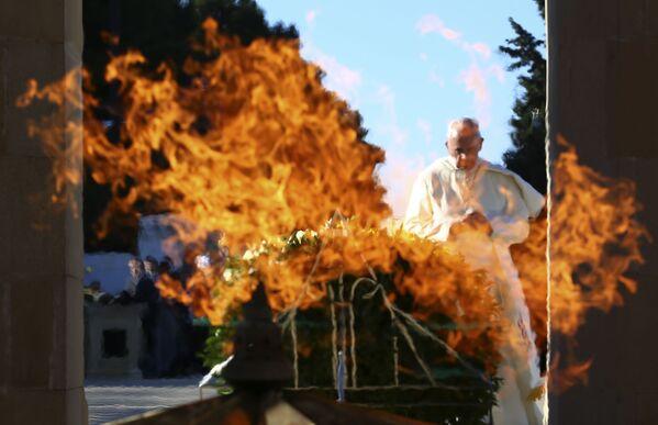 Papież Franciszek podczas wizyty w Baku, Azerbejdżan - Sputnik Polska