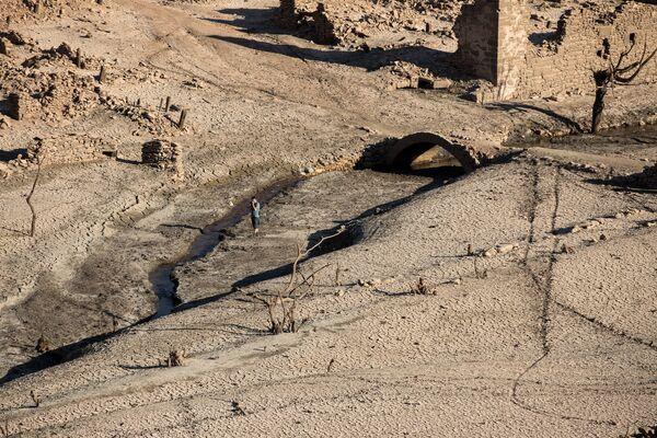Ruiny hiszpańskiego miasta Mansilla de la Sierra. - Sputnik Polska