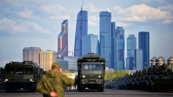 Iskander w Moskwie - Sputnik Polska