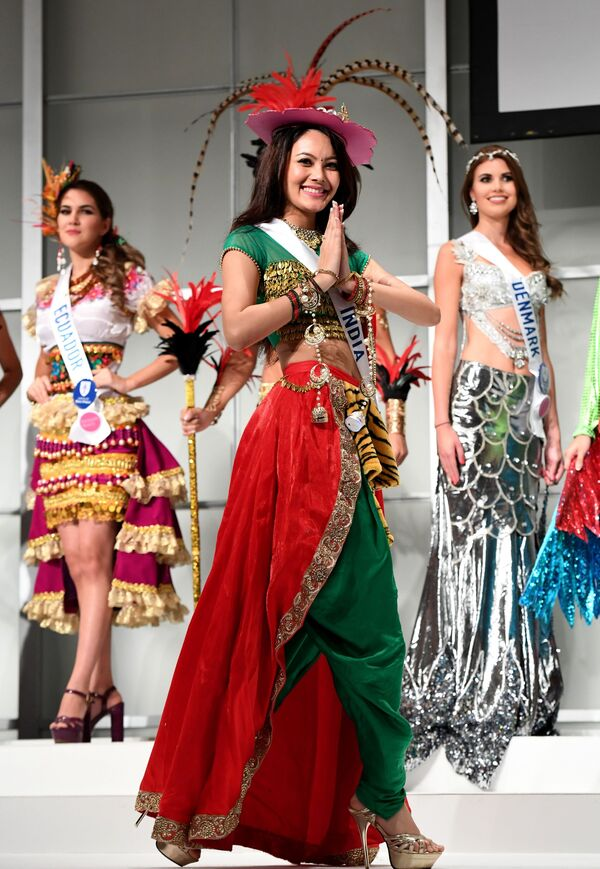 Miss Indii podczas konkursu Miss International Beauty Pageant 2016 w Tokio - Sputnik Polska