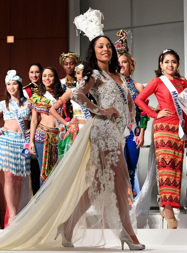 Miss Norwegii podczas konkursu Miss International Beauty Pageant 2016 w Tokio - Sputnik Polska