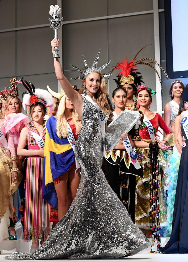 Miss USA podczas konkursu Miss International Beauty Pageant 2016 w Tokio - Sputnik Polska