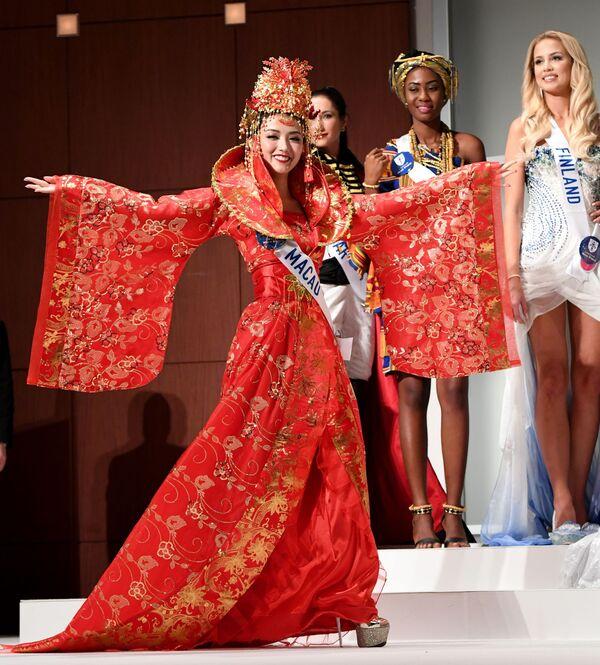 Miss Makau podczas konkursu Miss International Beauty Pageant 2016 w Tokio - Sputnik Polska
