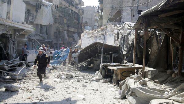 Ulica Aleppo po nalocie - Sputnik Polska