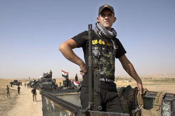 """Dowódca połączonych sił międzynarodowej koalicji Steven D. Townsend zauważył, że operacja wyzwolenia Mosulu może zająć """"tygodnie, a nawet więcej. - Sputnik Polska"""