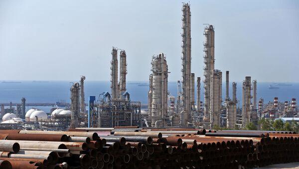 Zakład petrochemiczny w Iranie - Sputnik Polska