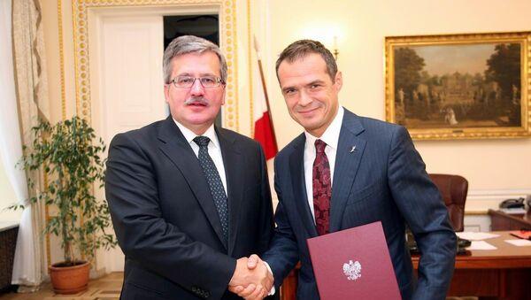 Prezydent Polski Bronisław Komorowski i minister transportu Sławomir Nowak. Zdjęcie archiwalne - Sputnik Polska