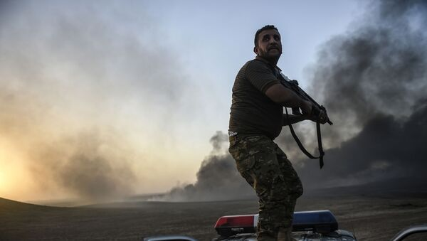 Wyzwolenie Mosulu jest głównym celem rozpoczętej w poniedziałek ofensywy, prowadzonej przy wsparciu koalicji międzynarodowej pod dowództwem Stanów Zjednoczonych - Sputnik Polska