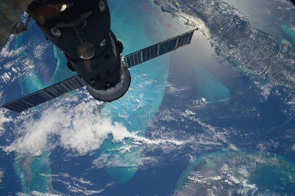 Egzotyczne wyspy Morza Karaibskiego uchwycone przez rosyjskiego kosmonautę Siergieja Wołkowa z Międzynarodowej Stacji Kosmicznej. - Sputnik Polska