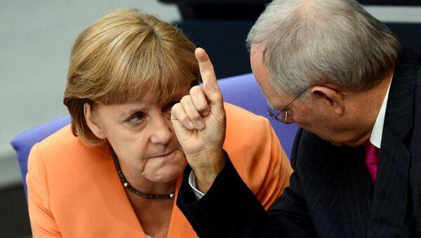 Kanclerz Niemiec Angela Merkel i minister finansów Wolfgang Schaeuble w Bundestagu - Sputnik Polska