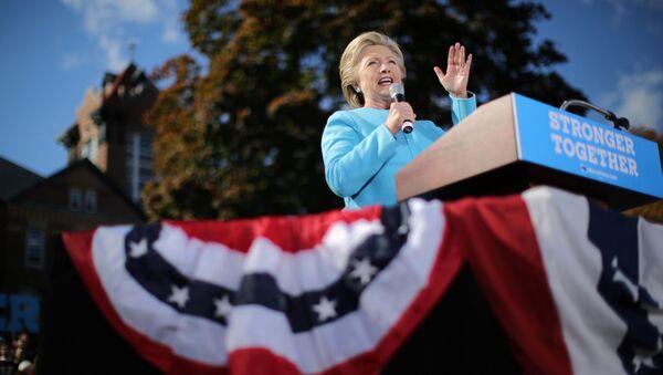 Kandydat na prezydenta USA Hillary Clinton w czasie kampanii wyborczej w Manchesterze - Sputnik Polska