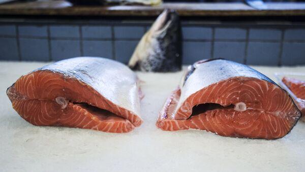 Ryba na Dorogomilowskim targu w Moskwie - Sputnik Polska