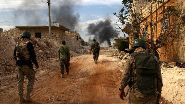Żołnierze syryjskiej armii na przedmieściach Aleppo - Sputnik Polska