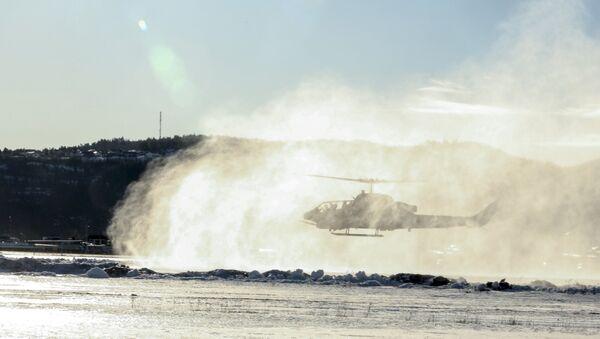 Helikopter Korpusu Piechoty Morskiej USA AH-1W Super Cobra w Vaernes, Norwegia - Sputnik Polska