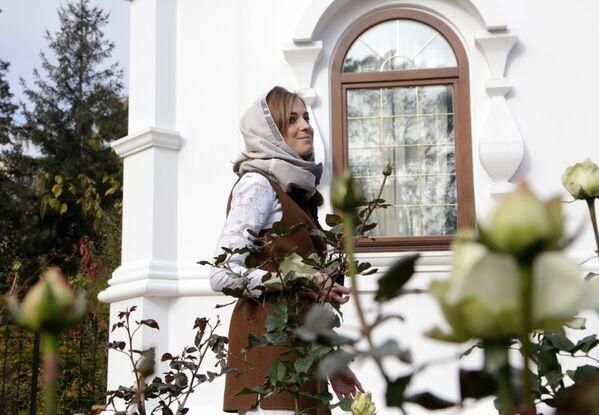 Deputowana Dumy Federacji Rosyjskiej Natalia Pokłońska otworzyła 26 października 2016 roku w Symferopolu kaplicę pod wezwaniem carskich męczenników Mikołaja II i jego rodziny. - Sputnik Polska