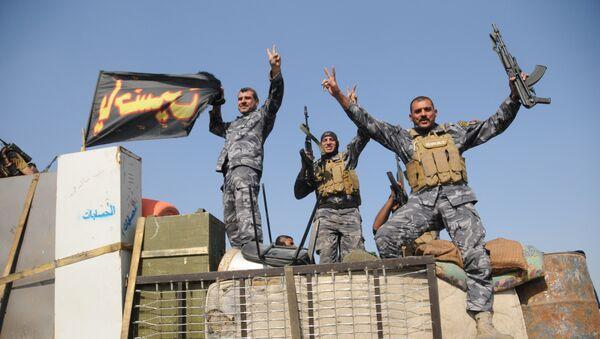 Iracka armia niedaleko Mosulu - Sputnik Polska