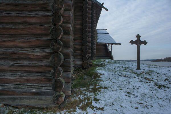 Obecna drewniana cerkiew jest już czwartą, wybudowaną w tym miejscu. Powstała w 1774 roku, u schyłku epoki architektury drewnianej. - Sputnik Polska