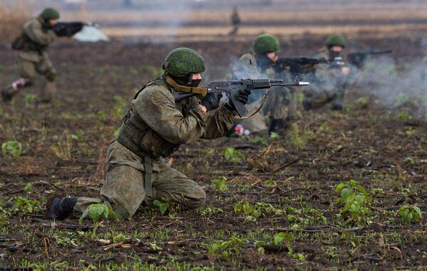 W tym roku kierowanie ćwiczeniami w pełni spoczywa na Ministerstwie Obrony Serbii. - Sputnik Polska