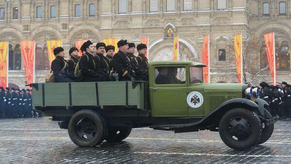 Uroczystość poświęcona 75. rocznicy parady wojskowej 1941 roku na Placu Czerwonym w Moskwie - Sputnik Polska