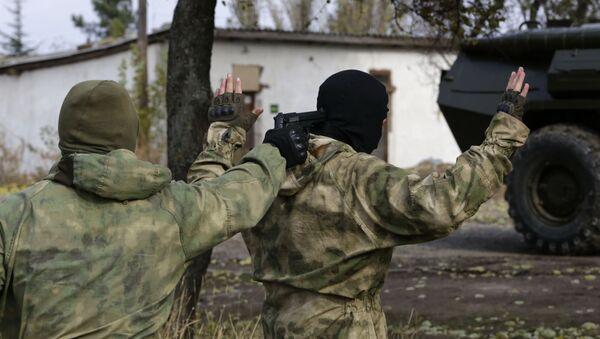 Pracownicy służb bezpieczeństwa na Krymie. Zdjęcie archiwalne - Sputnik Polska