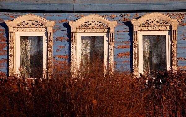 Na północnej Rusi zawsze budowano drewniane domy. I wcale nie było to związane z brakiem umiejętności budowania z kamienia. - Sputnik Polska