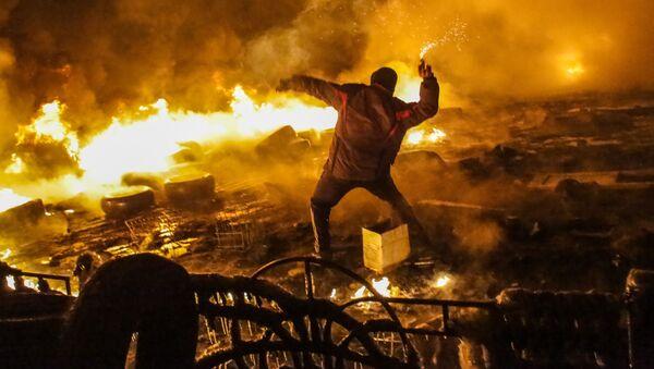 Zamieszki na Ukrainie podczas EuroMajdanu - Sputnik Polska