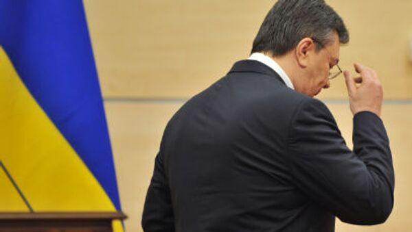 Wiktor Janukowycz po konferencji prasowej w Rostowie nad Donem - Sputnik Polska