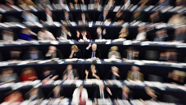 Głosowanie członków Parlamentu Europejskiego w Strasburgu - Sputnik Polska
