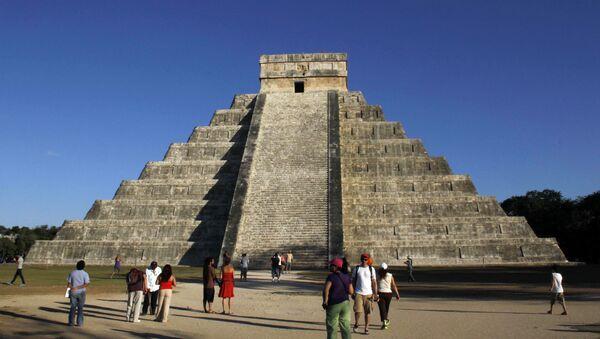Piramida Kukulkana w Chichen Itza, Meksyk - Sputnik Polska