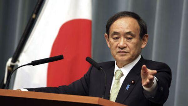 Sekretarz generalny japońskiego rządu Yoshihide Suga - Sputnik Polska