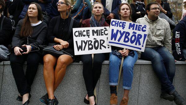 Czarny Protest w Warszawie, 01.10.2016. - Sputnik Polska