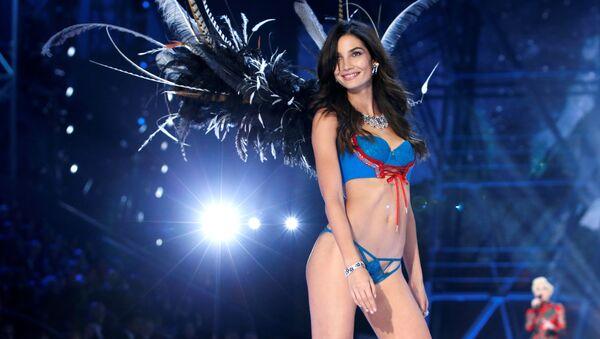 Modelka pokazu Victoria's Secret - Sputnik Polska