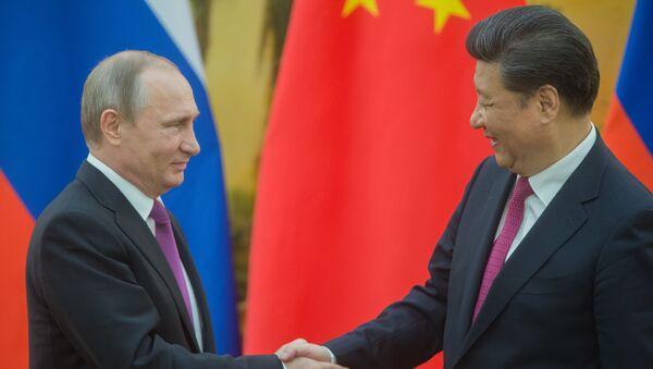 Prezydent Rosji Władimir Putin i prezydent Chin Xi Jinping w Pekinie - Sputnik Polska