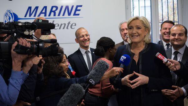 Otwarcie sztabu wyborczego Marine Le Pen w Paryżu - Sputnik Polska