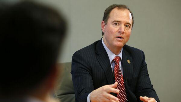 Członek Komisji do Spraw Wywiadu Izby Reprezentantów Kongresu USA Adam Schiff - Sputnik Polska