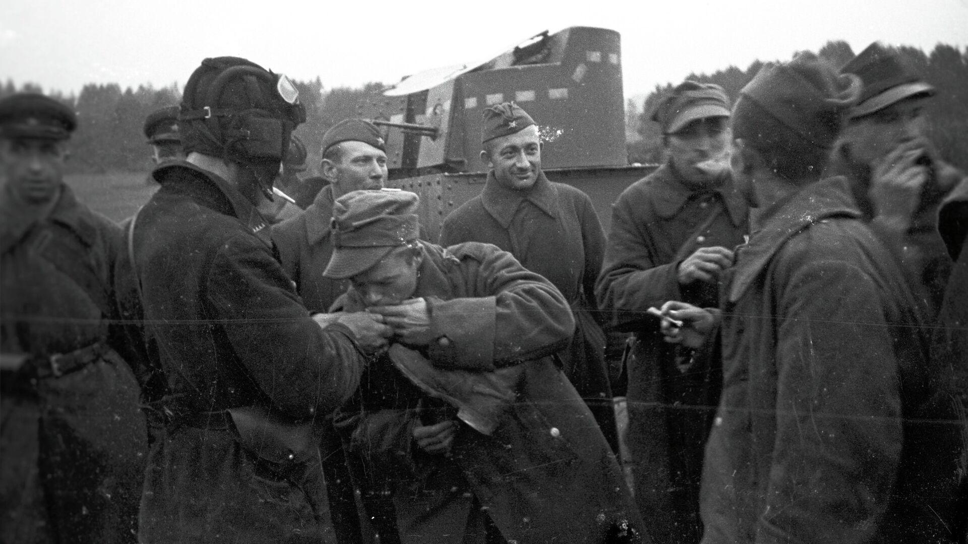 Polscy i radzieccy żołnierze na Białorusi, rok 1944 - Sputnik Polska, 1920, 16.09.2021