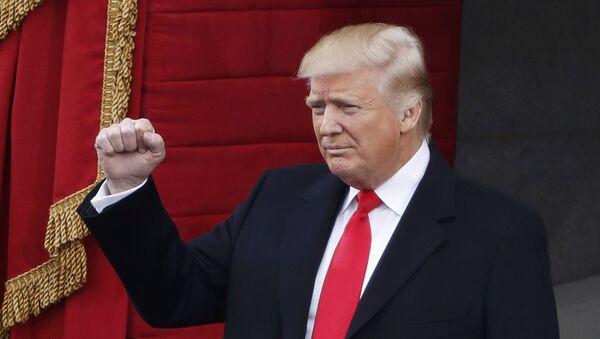 Prezydent Donald Trump podczas ceremonii inauguracji - Sputnik Polska