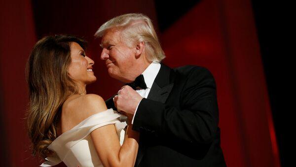 Donald i Melania Trump na balu inauguracyjnym - Sputnik Polska