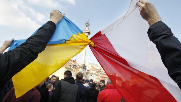 Flaga Ukrainy i flaga Polski, Warszawa, Polska - Sputnik Polska
