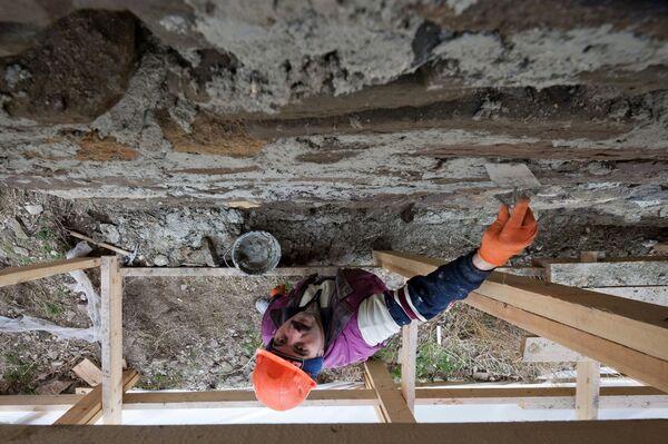 Najważniejsze prace, niezbędne do zachowania obiektów, prowadzone są zgodnie z programem zatwierdzonym przez Państwowy Komitet ds. ochrony dziedzictwa kulturowego Krymu. - Sputnik Polska