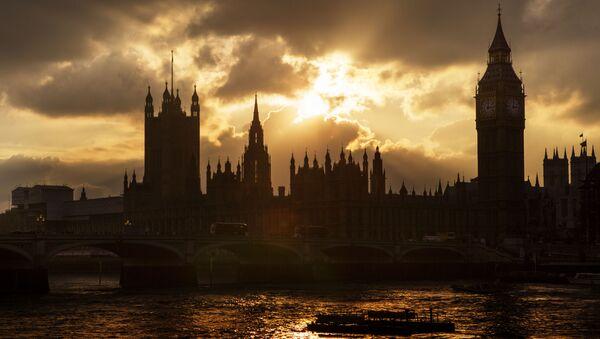 Big Ban i budynek brytyjskiego parlamentu w Londynie - Sputnik Polska