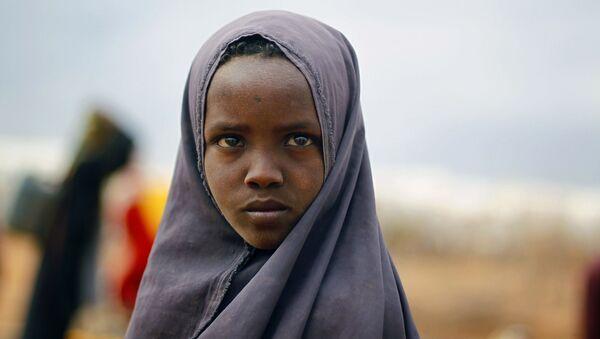 Somalijska dziewczynka w obozie ONZ na wschodzie Kenii - Sputnik Polska