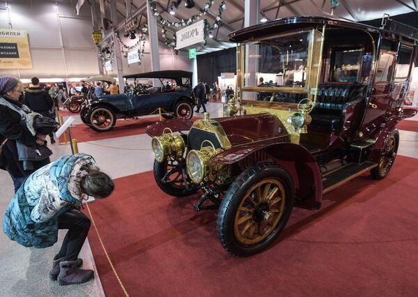 Samochód Berliet 40HP (1906 rok). Samochód Berliet pojawił się w Rosji w 1908 roku. Miał reputację solidnego i jedocześnie sportowego auta. W 1914 roku to była najbardziej rozpowszechniona marka automobili w Moskwie. - Sputnik Polska