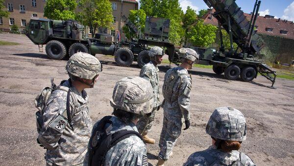 Amerykańscy żołnierze w bazie wojskowej w Polsce - Sputnik Polska